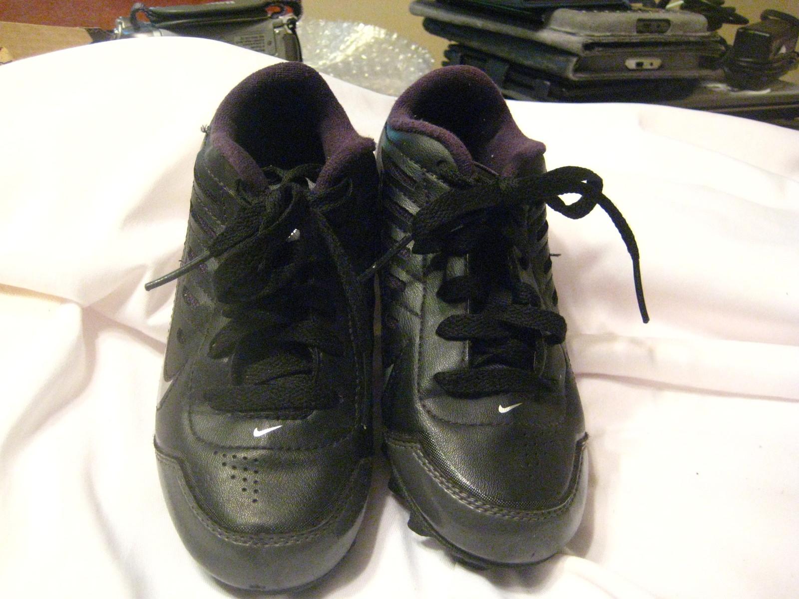 Nike YOUTH Landshark Legacy BG Black Field Multipurpose Shoes Cleats 13C