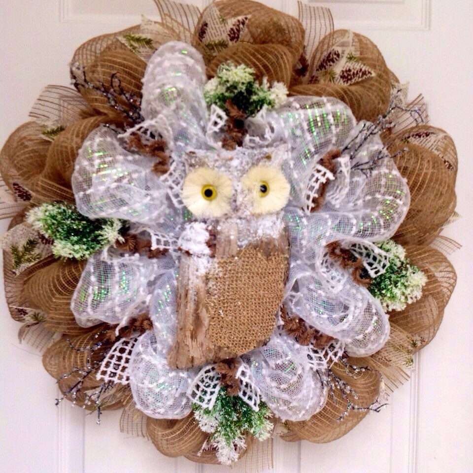Primary image for Winters Watch Snow Owl Handmade Deco Mesh Wreath