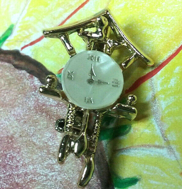 "Primary image for Vintage Jewelry:; 1 1/4"" Tiny Gold Tone Clock Pin/ Brooch 170902"