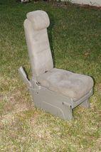 05-10 Honda Odyssey Plus One Center Middle Jump Seat FABRIC / CLOTH - Olive image 4