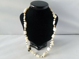 Vintage Necklace Genuine Mother of Pearl Fashion Bead Jewelry NWT - $27.89
