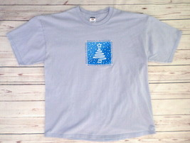 Christmas Theme Men's T-Shirt L Large Season's Greetings Light Blue - $14.46