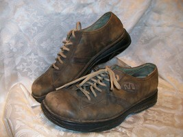 *Used* *Worn* Merrell Lace Up Casual Oxfords Shoes Brown Leather - $19.79