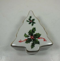 Vintage Lefton Christmas Tree Trinket Box Holly #03054 - $6.92