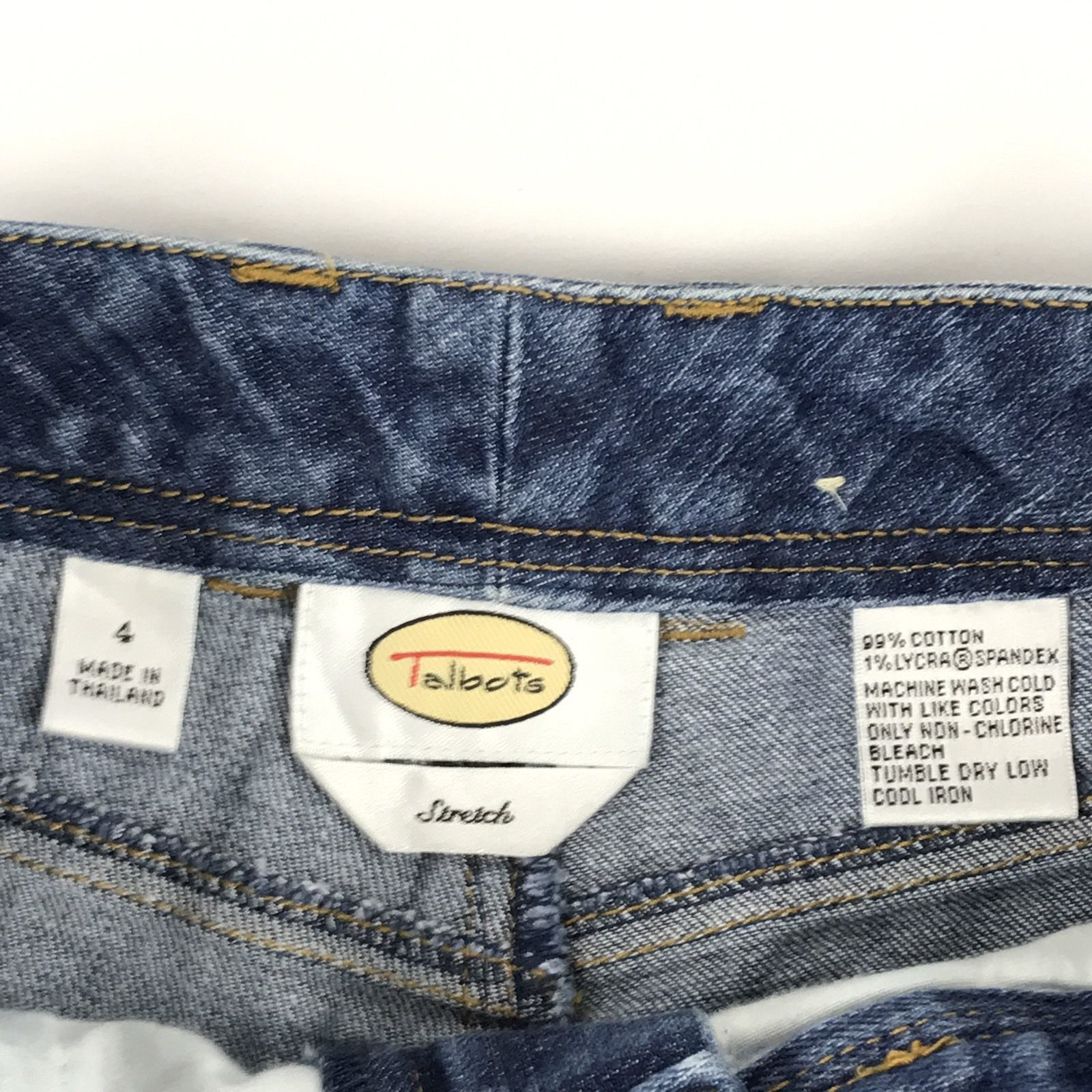 Talbots Stretch Women Jeans 4 Straight Leg Stonewash Relaxed Fit Denim Spandex