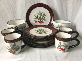 Home Accents Holiday Greens 16 Pc Set Christmas Dishes David Carter Brown - $79.95
