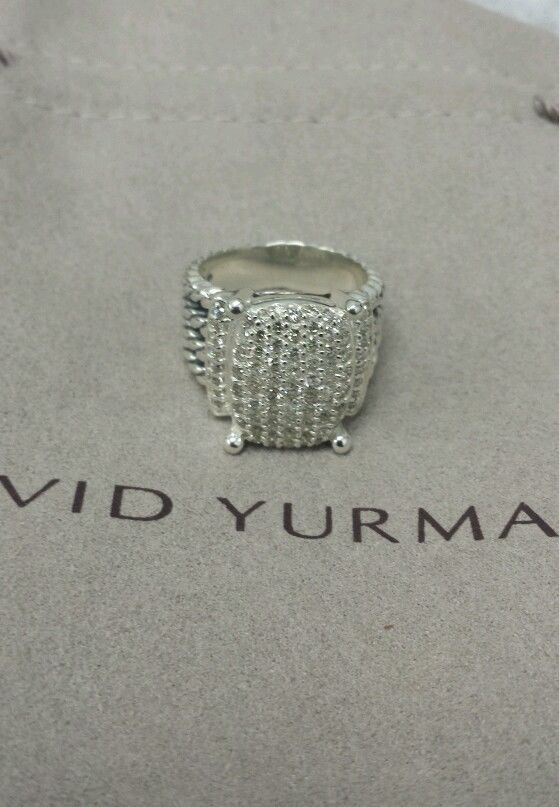 David Yurman Wheaton ring with diamond's