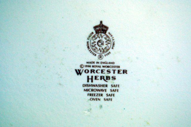 """Royal Worcester 2007 Worcester Herbs Sage 11"""" Baker Botanical Line image 7"""