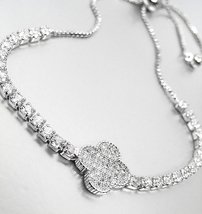 EXQUISITE 18kt White Gold Plated Pave CZ Crystals Clover Crystals Chain ... - $516,13 MXN