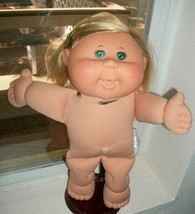 Cabbage Patch Kids Girl Grn Eyes Freckles Pop 'n Style Nude - $6.30