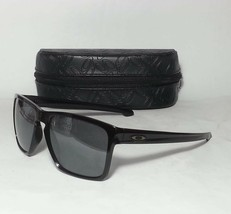 Oakley Sliver XL Men Rectangular Black Sunglasses New With Case - $116.40