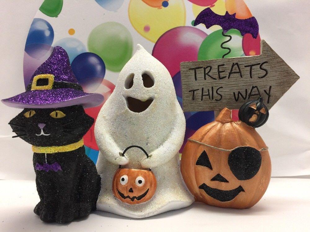 Halloween Light-up Decoration (treats This Way) Cat, Goose & Pumpkin