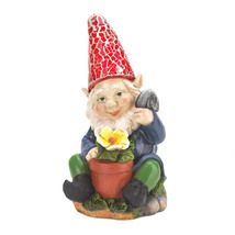 Gnomes, The Solar Squatting Funny Lawn Gnomes Figurines - $20.74