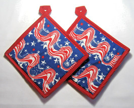 4th of July Potholders Patriotic Wavy Flags Stars Set of 2 Red White Blu... - $9.90