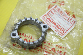 Genuine Kawasaki G3SS G3TR Exhaust pipe holder NOS 18069-023 - $8.81