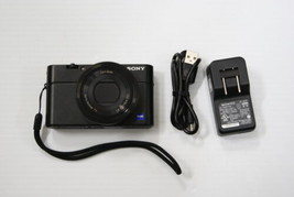 Sony Cyber-Shot DSC-RX100 20.2MP Camera /w Carrying Case - $424.17 CAD