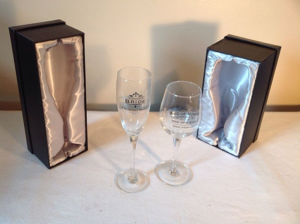 2 pc set of Bride and Maid of Honor Toasting glasses insignia new with defects