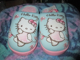 Girls Hello Kitty Slipper One size Brand New - $15.00