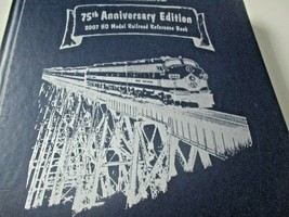 Walthers # 913-2070 2007 75th Anniversary Hard Cover # 612 of 952 Catalog (HO) image 1