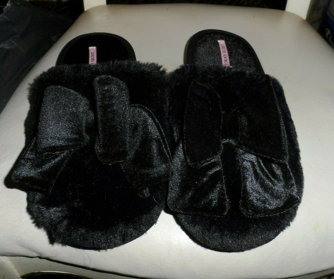 Primary image for  Victoria Secret black faux fur mule slippers size L   NWT