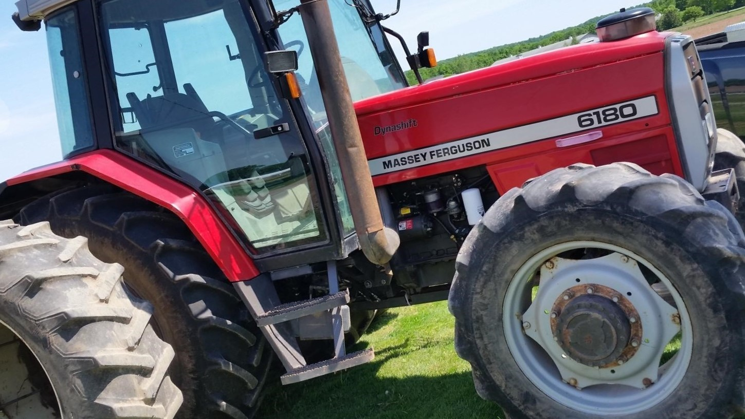 MASSEY-FERGUSON 6180 For Sale In Menasha, Wisconsin 54952