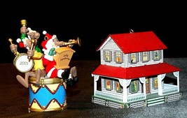 Hallmark Keepsake Ornaments Kris and the Kringles & Farm House AA-191792B  Colle image 1