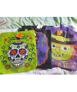 "Halloween Lot of 5 Trick or Treat Bags Large 14.5"" x 16.5"" with Handles NWT - $10.40"