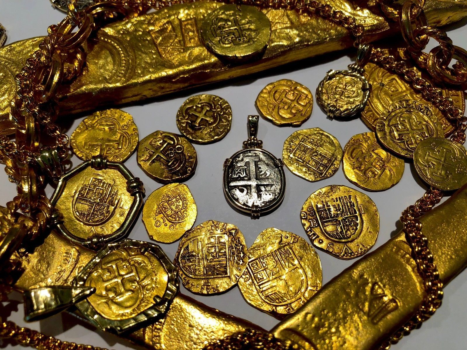 "PERU 2 REALES 1739 ""PRINCESS LOUISA 1743 SHIPWRECK"" 14KT BEZEL PIRATE GOLD COINS"