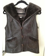 UGG WOMEN VENTANA CHOCOLATE HOODED BOMBER LAMBSKIN SHEARLING VEST Size XS - $299.20