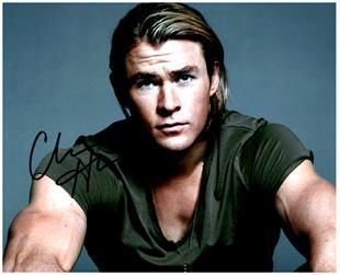 Primary image for CHRIS HEMSWORTH  Authentic Original SIGNED AUTOGRAPHED PHOTO w/ COA 2190