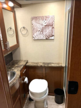 2015 Forest River Legacy 300 FOR SALE IN Centennial, CO 80112 image 4