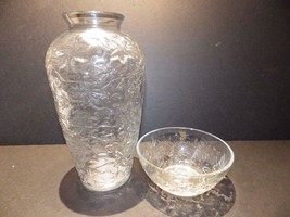 Fantasia Princess House Clear Glass Vase and Bowl Poinsettia - $19.80