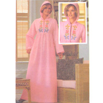 70s Vintage Butterick Sewing Pattern 5164 Caftan Robe Hood Embroidery Pe... - $8.95