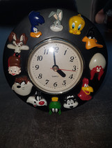 Extremely Rare! Looney Tunes Wile E Coyote Road Runner Figurine Clock St... - $148.50