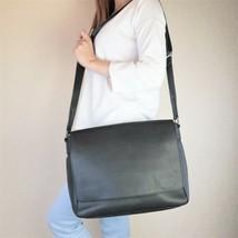 Louis Vuitton Black Taiga Roman MM Messenger Crossbody Bag - $799.00