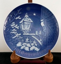"Bing & Grondahl Christmas Plate ""Christmas In The Old Town"" - 1983 Edition - £7.32 GBP"