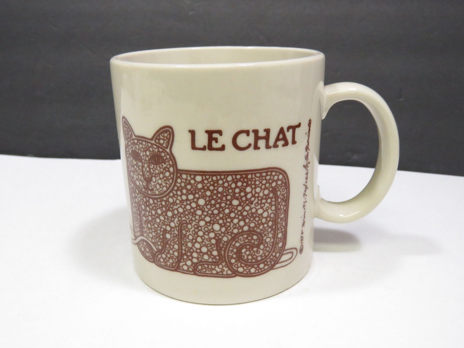 Primary image for Le Chat Cat Mouse & Yarn Brown Coffee Mug Cup 1978 Signed Win Ng Taylor