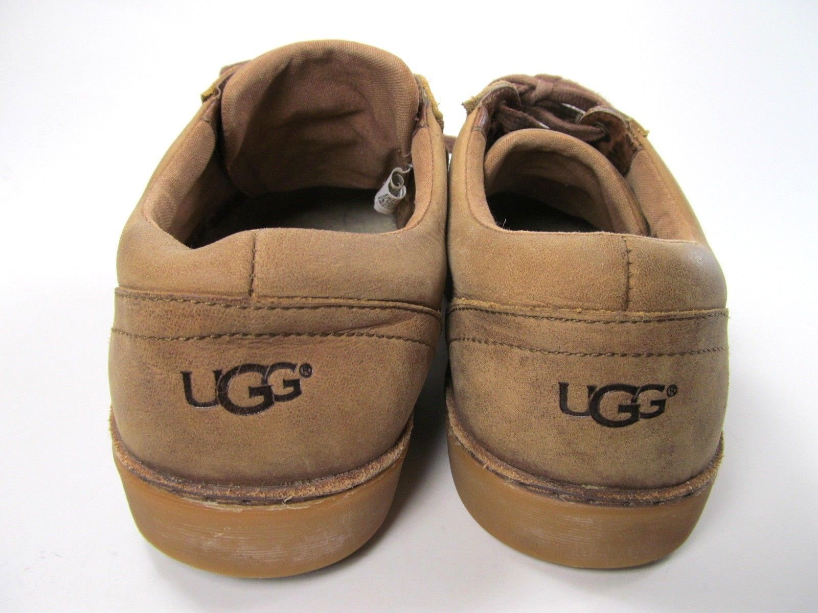 UGG  Australia Tan Distressed Leather Sneakers Mens size 7.5 (EU 40) S/N 1006875