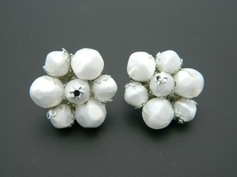 CORO White Acrylic Bead Beaded Silver Tone Flower Clip-On Earrings Vintage - $19.79
