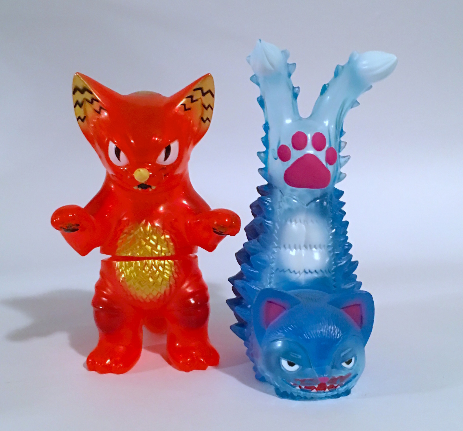 Konatsu Ultra Neko Gomora Twin Tale Clear Red and Blue Set