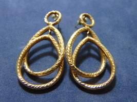 PAIR OF VINTAGE ESTATE 14K YELLOW GOLD DANGLE EARRINGS, 4.6g E2137 - $240.00