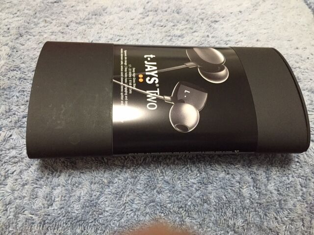 JAYS t-JAYS Two Noise Isolating Earbuds (High Gloss Black) Brand New