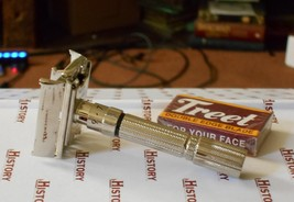 1961 Gillette Fat Boy Refurbished Re-Plated Razor G1–12 - $125.00