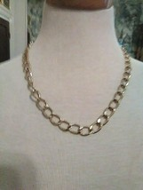 VINTAGE CHAIN NECKLACE GOLDEN FINISH OVAL LINKS - $20.00