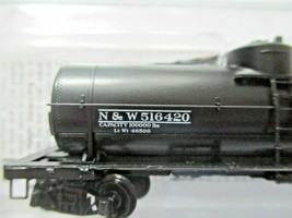 Micro-Trains # 06500266 Norfolk & Wester 39' Single Dome Tank N-Scale image 2
