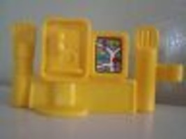 FISHER PRICE LITTLE PEOPLE Telephone Booth City Map Fence Piece New - $2.47