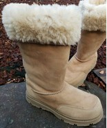 Cabelas Shearling Boots Womens Sz 9 M Tall Beige Suede Leather Fur Lined... - $29.83