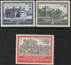 1941 Medieval Buildings Set of 3 Poland Postage Stamps Catalog Number N73-75 MNH