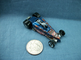 Hot Wheels 2002 Mattel Tire Fryer Blue Racer Car - $1.19