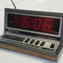 Vintage SPARTUS Model 1140 Electric Alarm Clock Red LCD w/ Battery Backup Retro - $18.77